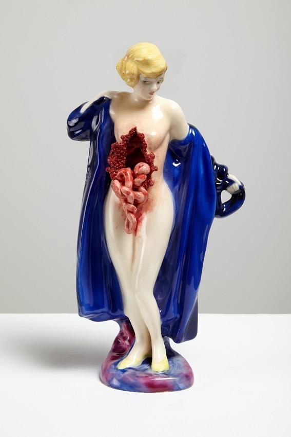 jessica-harrison-porcelaine-gore-3