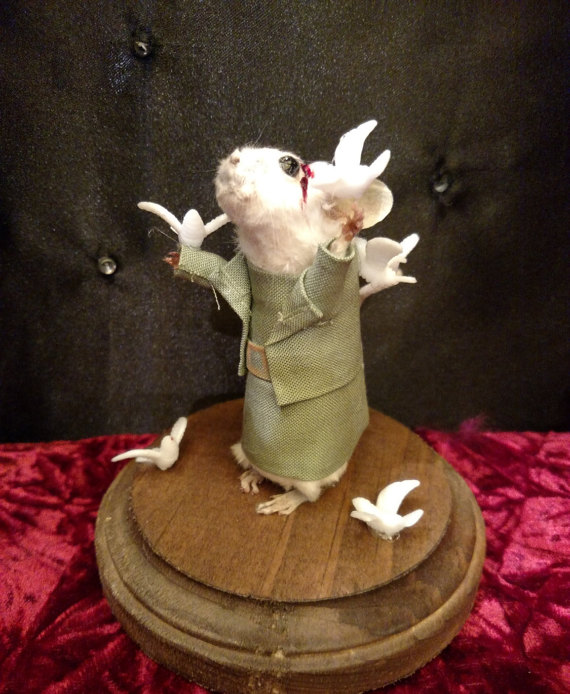 rachel-garcia-souris-walking-dead-zombie-taxidermie-9